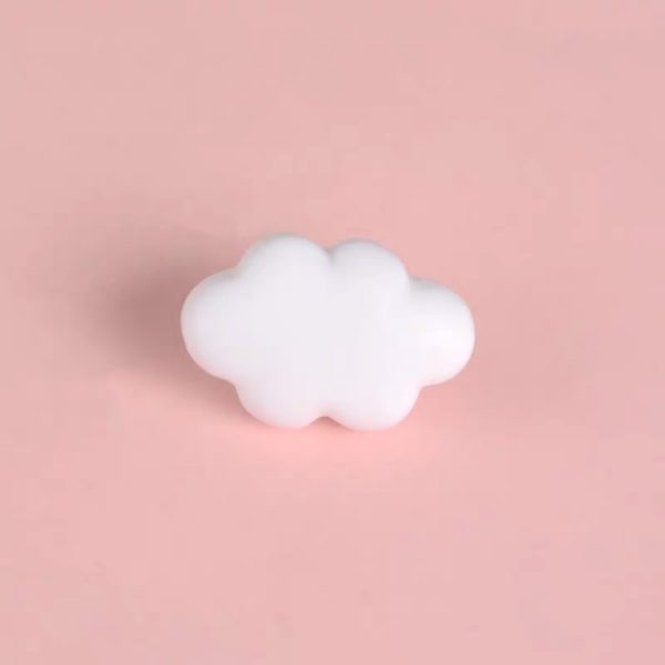 3d white cloud pin