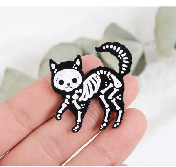 Witchcraft skeletal kitty pin